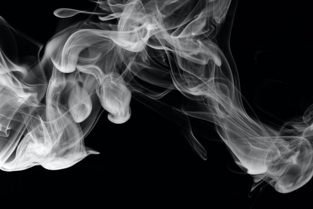 吸菸傷害眼睛